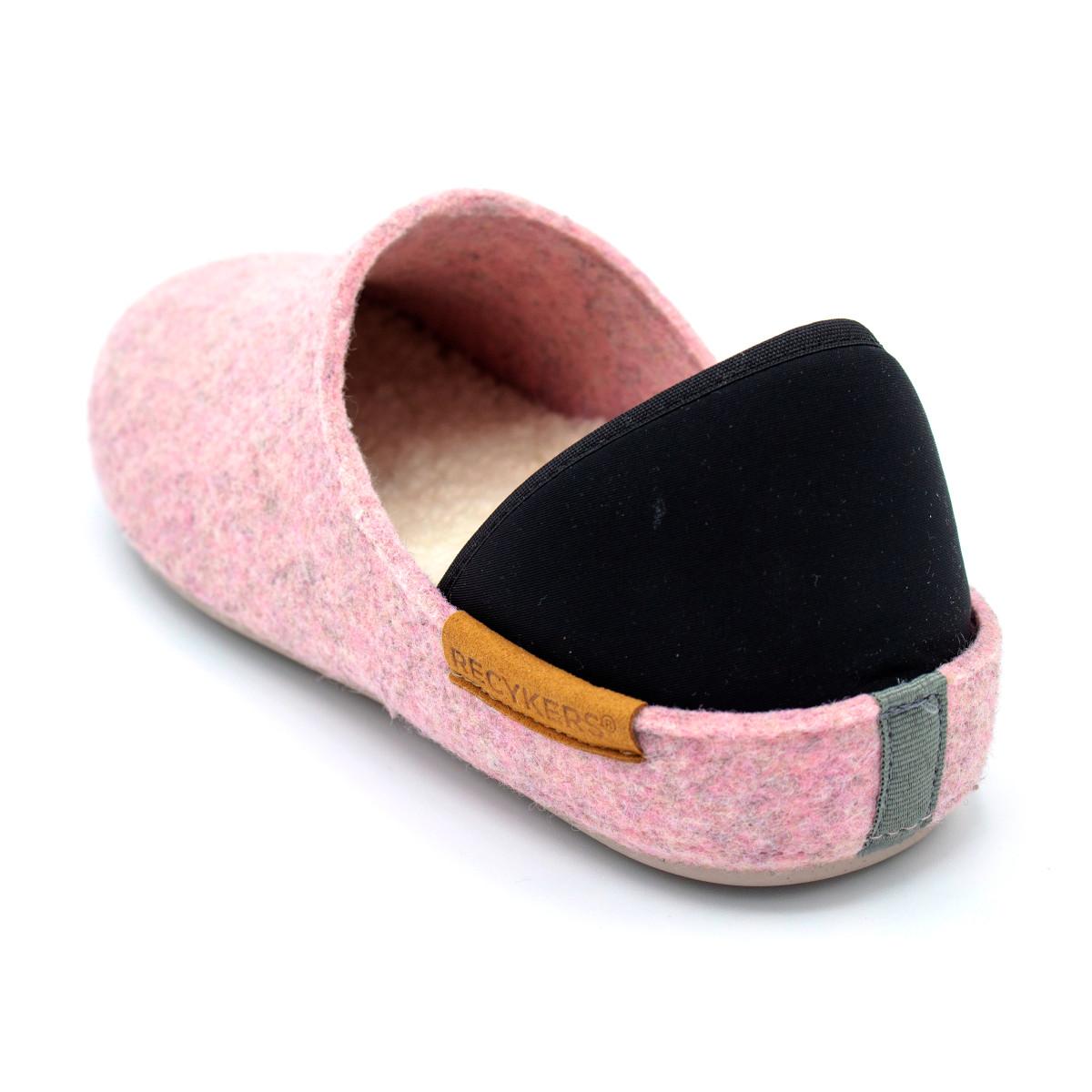 slippers-veganas-ponia-zapatillas-de-casa-recykers.jpeg